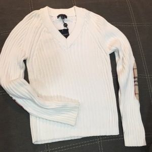 NWT Authentic Burberry London sweater